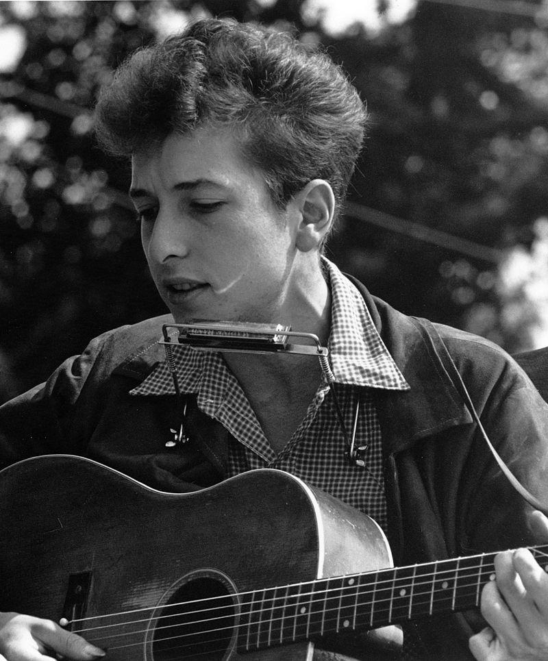800px-Joan_Baez_Bob_Dylan_crop