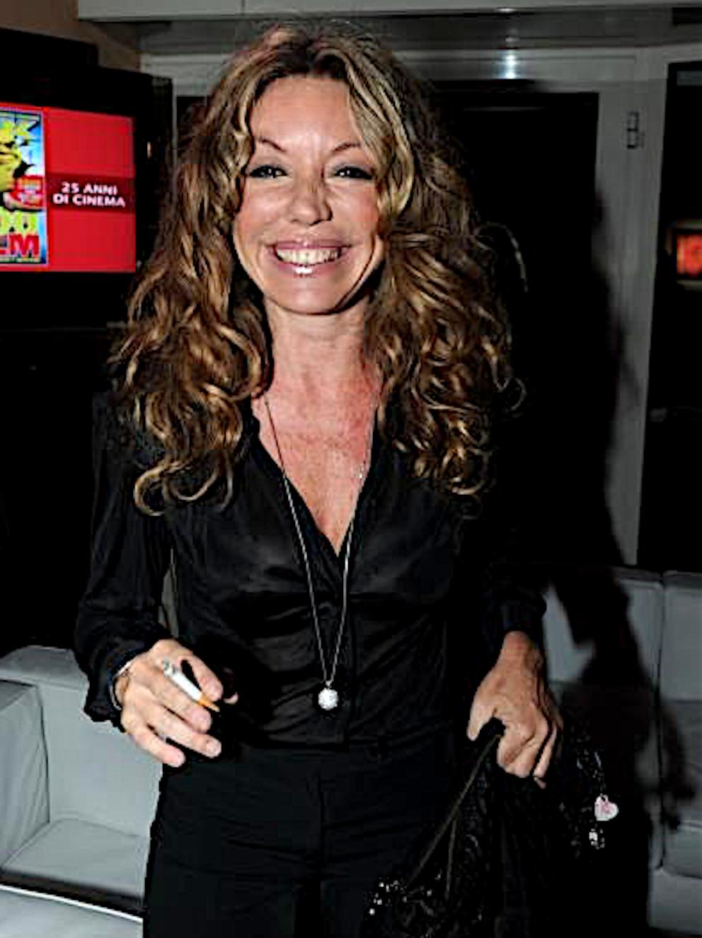 Claudia Cavalcanti Nude Photos 57