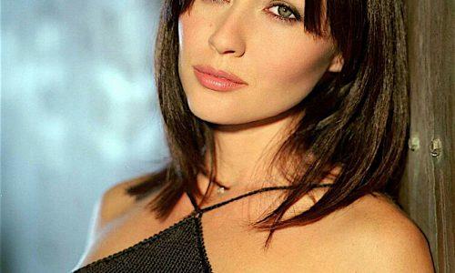 SHANNEN DOHERTY (Brenda in Beverly Hills 90210) E LA BATTAGLIA CONTRO IL CANCRO ….. ecco il suo album fotografico